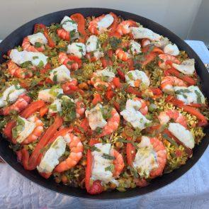 Varen en eten met vrienden op de boot; Seafood Paella dit keer!
